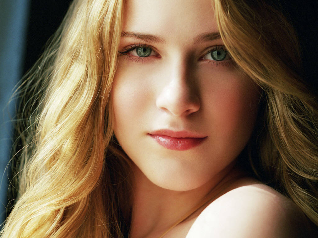 Played By Evan Rachel Wood